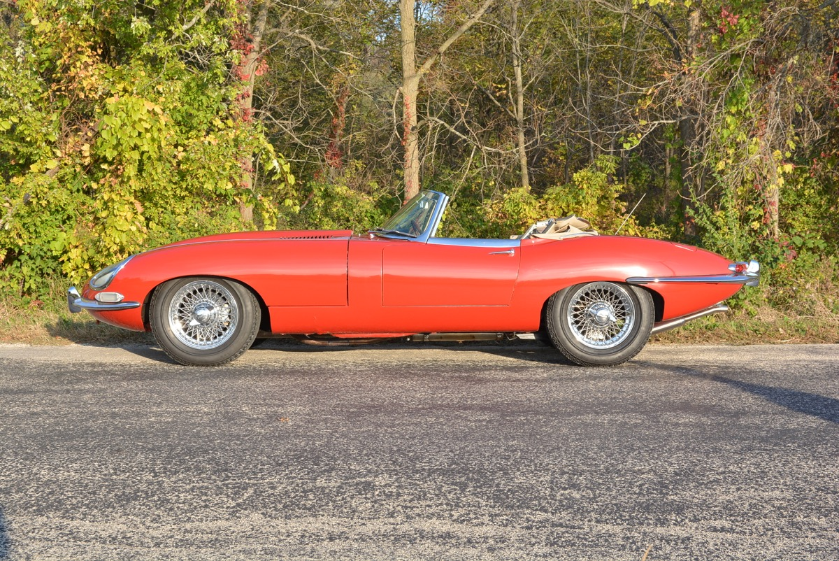 1963-Jaguar-XKE-Roadster-For-Sale-013